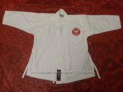 Кимоно для карате професиональной фирмы BLITZ в отличном состоянии