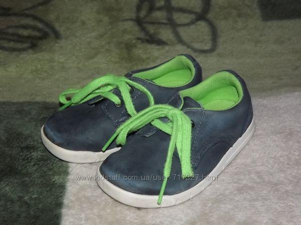 Фирменные, кожаные спортивные туфли Clarks, размер 6G, стелька 14, 5 см