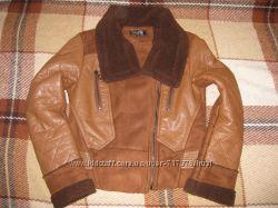 Срочно продам модную курточку р. 40-42