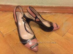 Туфли-босоножки на каблуке