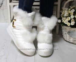 Очаровательные женские зимние ботинки с натуральной опушкой из кролика белы
