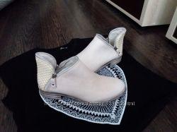 Красивые кожаные ботиночки, Италия, 36 и 38 размер.