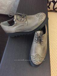 Стильные кожаные туфли, Италия
