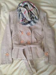 Продается бежевый пиджак полупальто