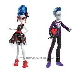 Monster High Love&acutes Not Dead Слоу Мо и Гулия Йелпс можно поштучно