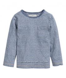 Лонгслив на мальчика от 4 до 8 лет. Фирма H&M  Long-sleeved T-shirt