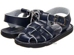мальчуковая обувь кроссовки, кеды, макасины, босоножки.