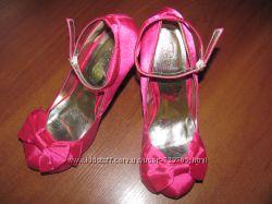 женская обувь надетая 1 раз, на мероприятие. товары из США
