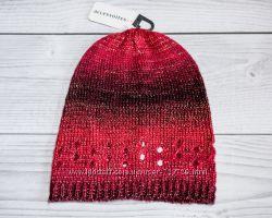 Одинарные красивые шапочки на осень  С&A