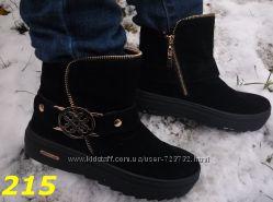 зимние ботинки на платформе с пряжкой сбоку