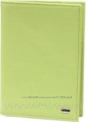 Обложка для паспорта из кожи Petek 581. Бренд Petek. Оригинал