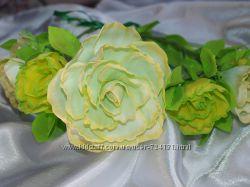 Веночек с жёлто-салатовыми розами из фоамирана. в наличии