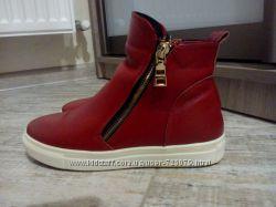 Ботинки-слипоны стильные