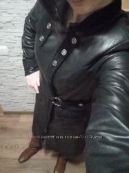 Продам пальто кожаное бу