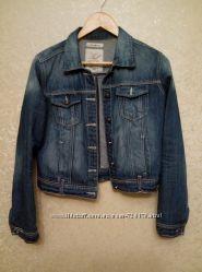 Джинсовая куртка Reserved 38  р