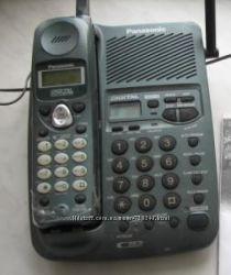Радиотелефон Panasonic с автоответчиком и голосовым АОНом