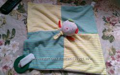 Іграшка платочок від mamas and papas