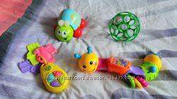 гусеничка Joy Toy, Мяч Oball, пирамидка, ключи.