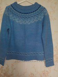 Теплый  шерстяной свитер хорошее состояние