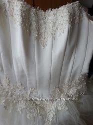 Пышное свадебное платье шампань 46-48 подарки Не венчано