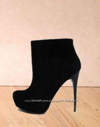 Ботильоны , Ботинки . Эксклюзивная дизайнерская обувь - по доступным ценам.