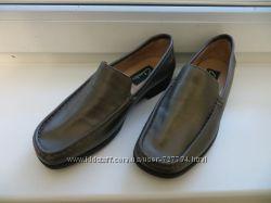 Туфли Clarks, женские, новые, натуральная кожа, р-36-36. 5