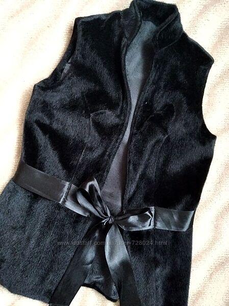 Жилетка меховая в идеале, жилет черный, нарядный, стильный, С, 42