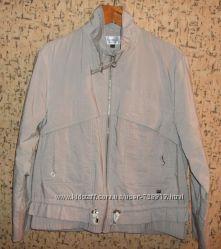 Классная ветровка, легкая куртка р. 50-52
