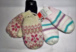 Тепленькие зимние варежки для маленьких от C&A