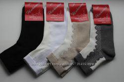 Витончені ажурні шкарпетки за вигідною ціною
