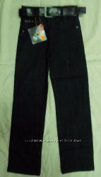 Новые, качественные, утеплённые  джинсы.  Можно в школу.