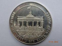 Памятная медаль Berlin 750 jahre