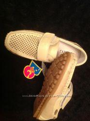 B&G качественные туфли школьнику
