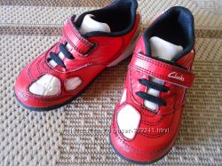 Кожаные кроссовки Clarks 24 размер, 15 см стелька кросівки шкіра
