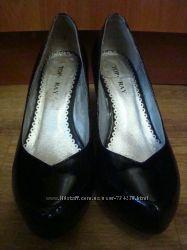 Top Ray Лаковые кожаные туфли 36 размера