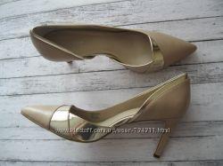 Кожаные туфли лодочки Calvin Klein , США 9 р