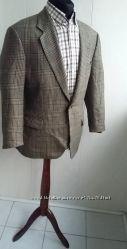 Пиджак Taylor-Wright нежно-кофейного цвета. Размер М46-48.