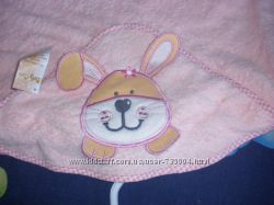 Новое полотенце с капюшоном размер 1 метр на 1 метр.