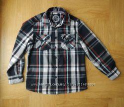 Отличная фирменная рубашка хлопок р 128-134 см. Длина - 55 см, ширина - 41