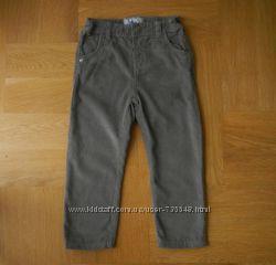 2-3 года TU отличные фирменные вельветы джинсы. Длина - 57 см, шаговый - 37