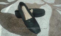 Стильные туфли слипоны Skechers 40 размер. Стелька 26см