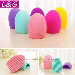 Brushegg силиконовая щетка - силиконовое яйцо для чистки кистей.