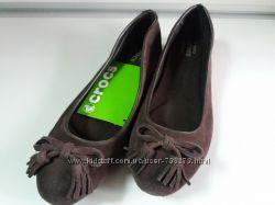Балетки женские, замшевые, коричневые, оригинал Crocs