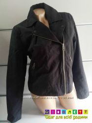 Куртка-косуха, женская, котоновая, плотная, на подкладе, молнии на рукавах