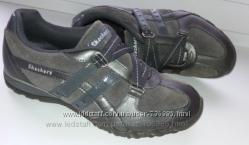 Кроссовки Skechers -оригинал, 37 размер.