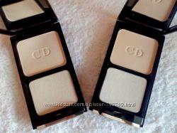 Компактная шикарная пудра Сristian Dior