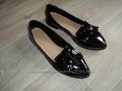 Туфли лоферы черные, лаковые. 37 р