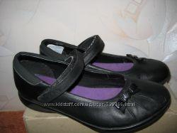 Фирменные кожаные туфли Clarcs , р. 363, 5G, состояние хорошее