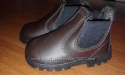Распродажа Новые кожаные ботинки Crosby по стельке-13см