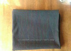 Ткань костюмная  стрейчивая чёрная в узкую полосочку.